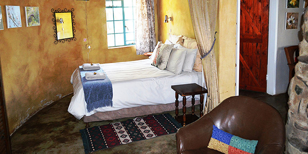 Saamrus Guest Farm, accommodation, self catering, pet friendly, magaliesburg, west rand, gauteng, dstv, fenced, safe parking, braai, fireplace