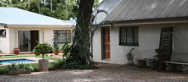 BIG TREE GUESTHOUSE - Brits accommodation - North West